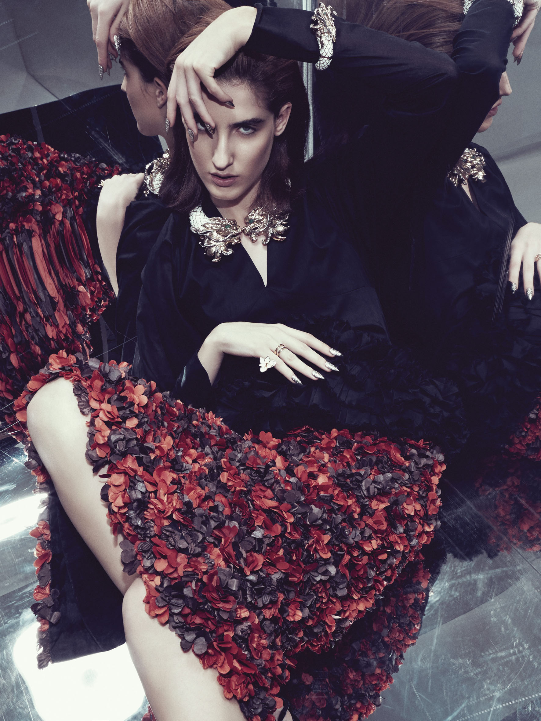 "LVR Magazine December 2013 ""Savage Reflections"" | Alessio Bolzoni | LVR Magazine | Carmel Imelda Walsh | Numerique Retouch Photo Retouching Studio"
