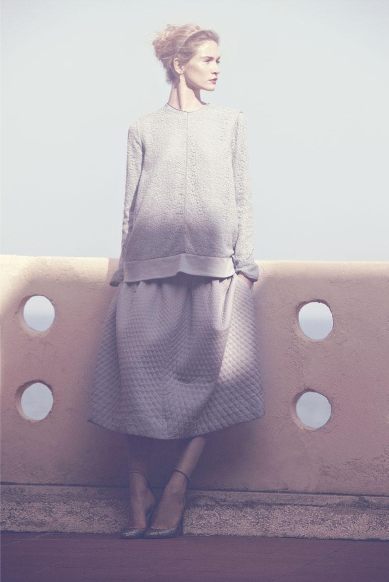 "Elle Italia October 2012 ""Venezia per due"" | Carlotta Manaigo | Elle Italia | Benedetta dell'Orto | Numerique Retouch Photo Retouching Studio"