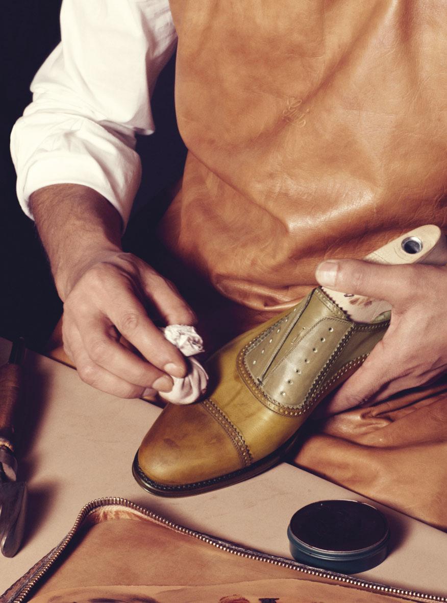 Gucci Made to Measure AW 2013 Catalogue | Carlotta Manaigo | Gucci | Numerique Retouch Photo Retouching Studio