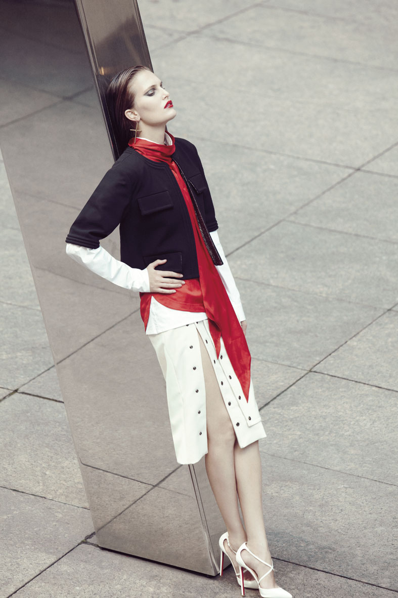 Numéro Tokyo December 2012 | Carlotta Manaigo | Numéro Tokyo | Akari Endo-Gaut | Numerique Retouch Photo Retouching Studio