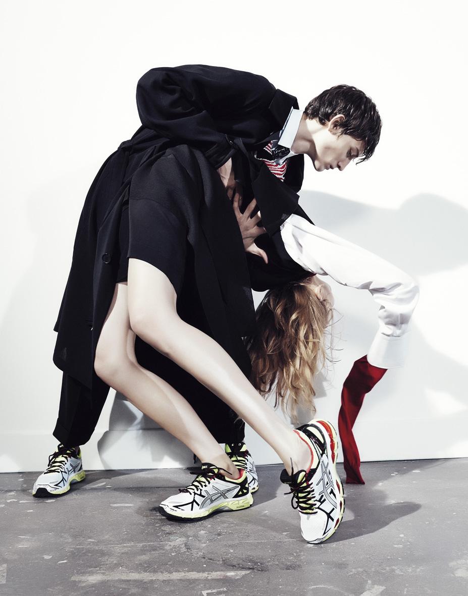 "Bon Magazine SS 2015 ""I spin so ceaselessly""   Alessio Bolzoni   Bon Magazine   Mauricio Nardi   Numerique Retouch Photo Retouching Studio"