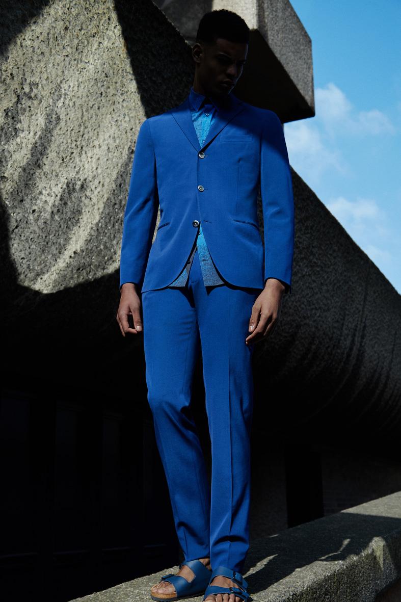 "MR Porter Issue 211 ""It's an Azure Thing"" | Carlotta Manaigo | Mr Porter | Numerique Retouch Photo Retouching Studio"