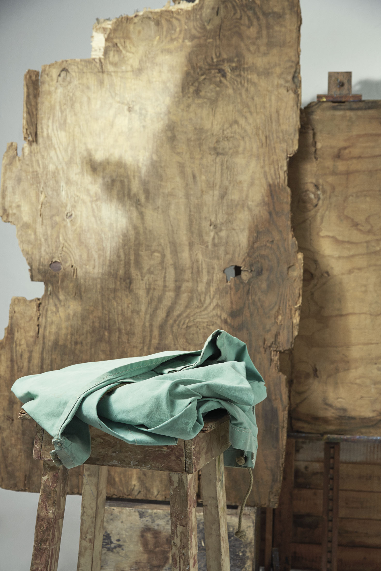 "InStyle April 2015 ""Michiel Huisman"" | Carlotta Manaigo | InStyle | Emili Rebek | Numerique Retouch Photo Retouching Studio"