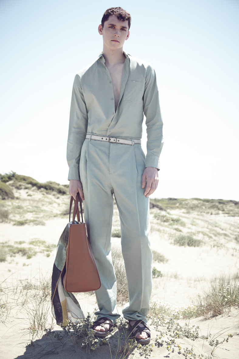 "L'Express Summer 2015 ""Beach Boys"" | Carlotta Manaigo | L'Express Styles | Nicholas Galletti | Numerique Retouch Photo Retouching Studio"