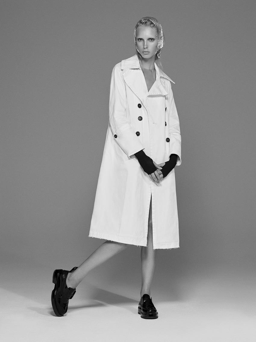 Vogue Italia May 2017 | Numerique Retouch Photo Retouching Studio