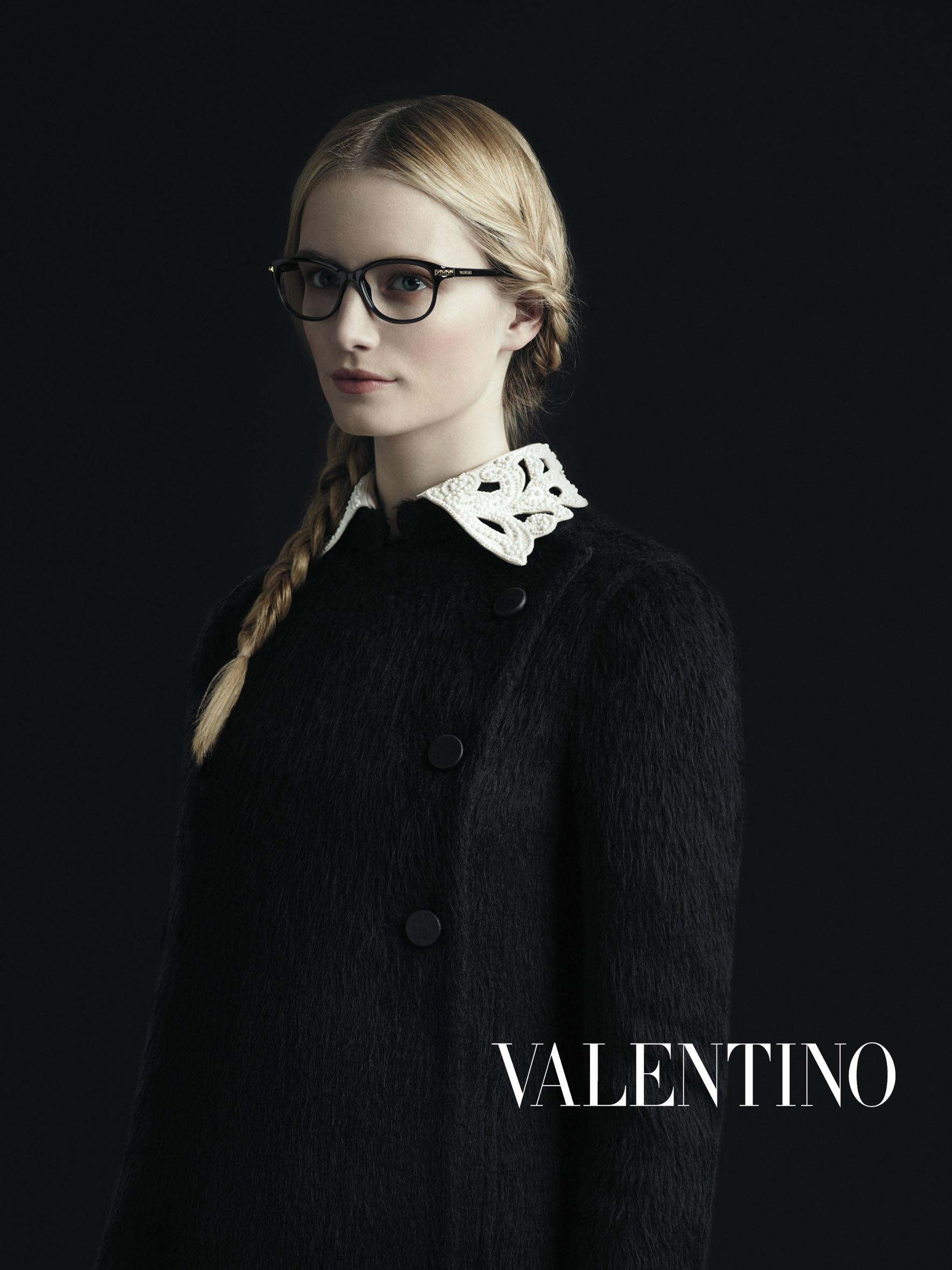 Valentino Eyewear FW 2013 | Pablo Arroyo | Valentino | Elle Decor | Giulio Martinelli | Numerique Retouch Photo Retouching Studio