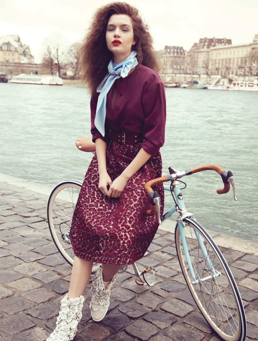 "Stylist Magazine May 2013 ""En roue libre"" | Carlotta Manaigo | Gucci | Stylist Magazine | Belen Casadevall | Numerique Retouch Photo Retouching Studio"