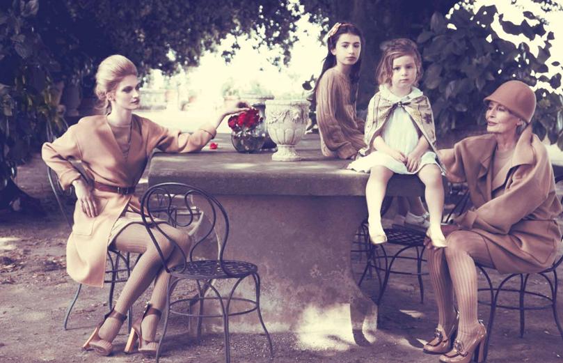 "Elle Italia November 2010 ""Io sono Bon Ton"" | Carlotta Manaigo | Elle Italia | Benedetta dell'Orto | Numerique Retouch Photo Retouching Studio"