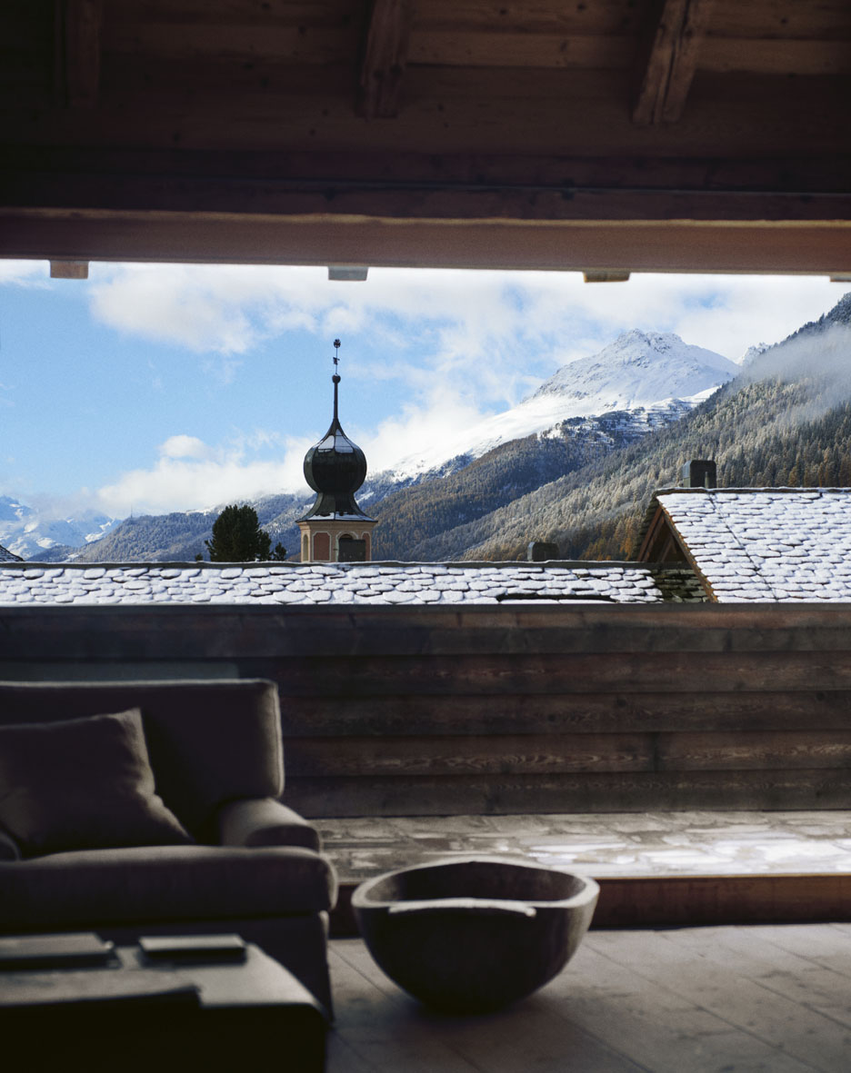 "Elle Decor December 2012 ""100% Engadina"" | Andrea Ferrari | Marazzi | Elle Decor | Numerique Retouch Photo Retouching Studio"
