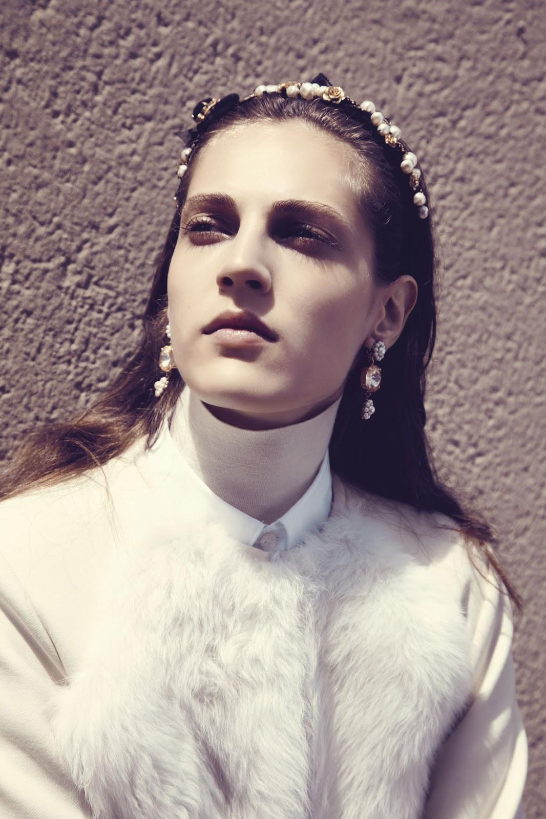 "Mixte Fall 2012 "" There Is Light"" | Carlotta Manaigo | Mixte | Celestine Cooney | Numerique Retouch Photo Retouching Studio"