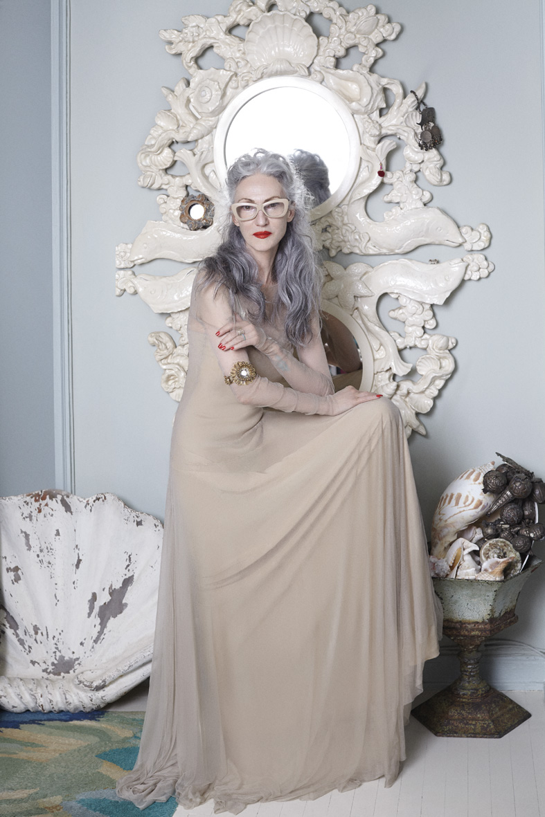 "GREY 1.1 Fall 2014 ""Linda Rodin"" | Ari Seth Cohen | Grey Magazine | Valentina Ilardi Martin | Numerique Retouch Photo Retouching Studio"