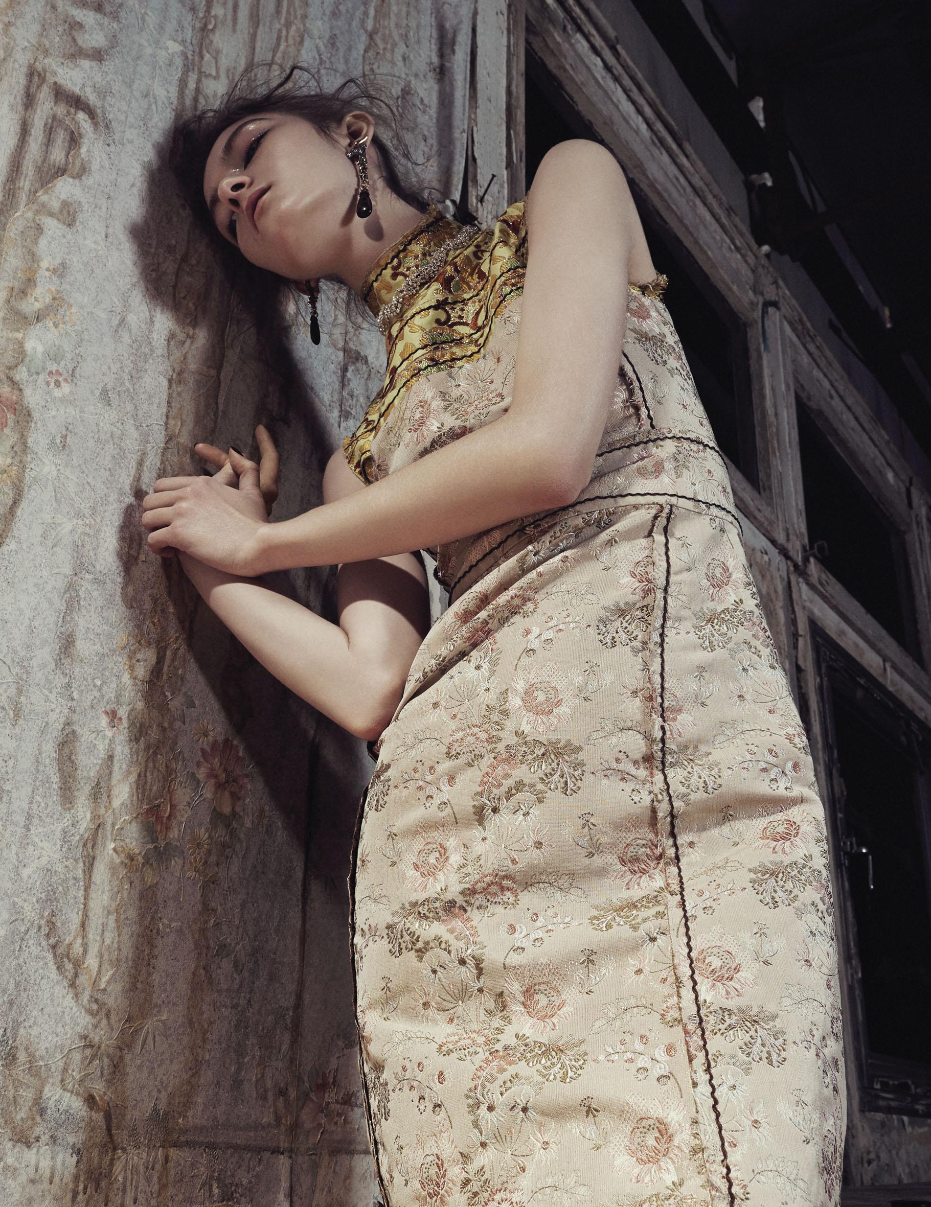 10 Magazine SS 2015 issue | Alessio Bolzoni | 10 Magazine | Hector Castro | Numerique Retouch Photo Retouching Studio