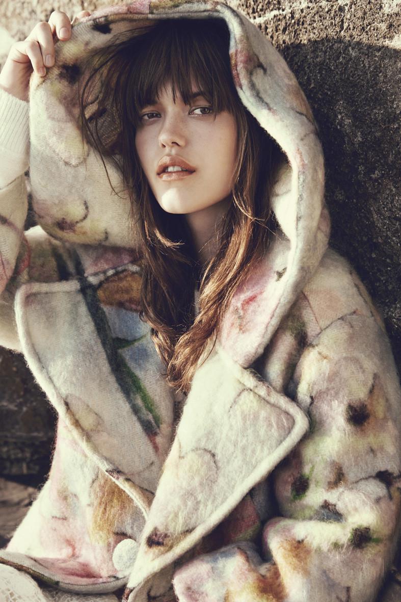 "Dazzle AW 2014/2015 Catalogue ""Discover Art"" | Carlotta Manaigo | Dazzle | Rossana Passalacqua | Numerique Retouch Photo Retouching Studio"