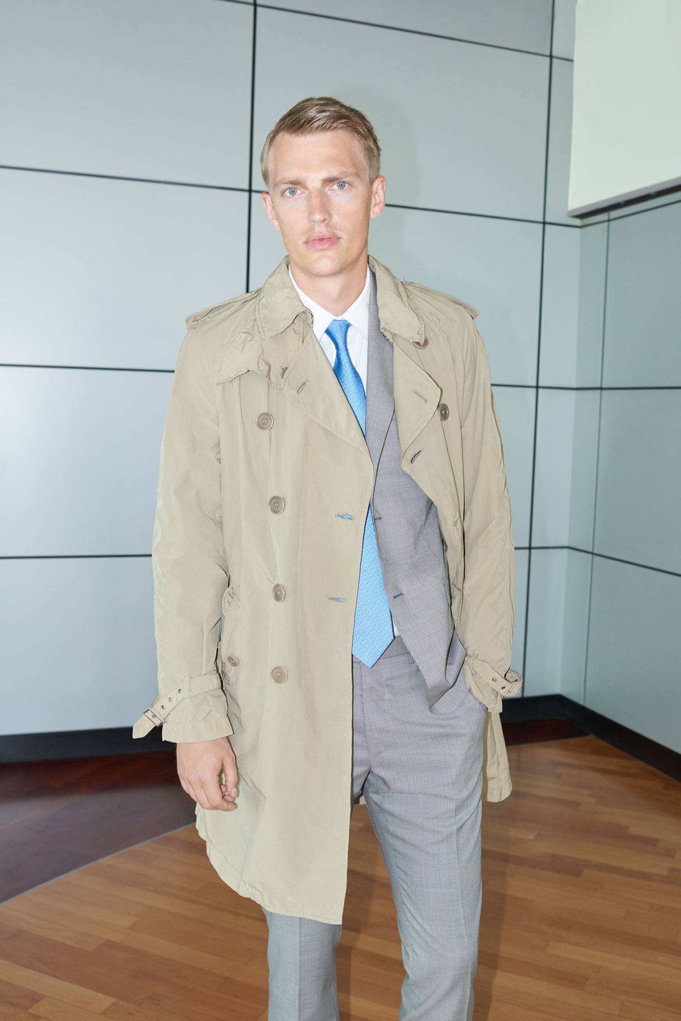 Yoox Officewear | Marco Pietracupa | Yoox | Numerique Retouch Photo Retouching Studio