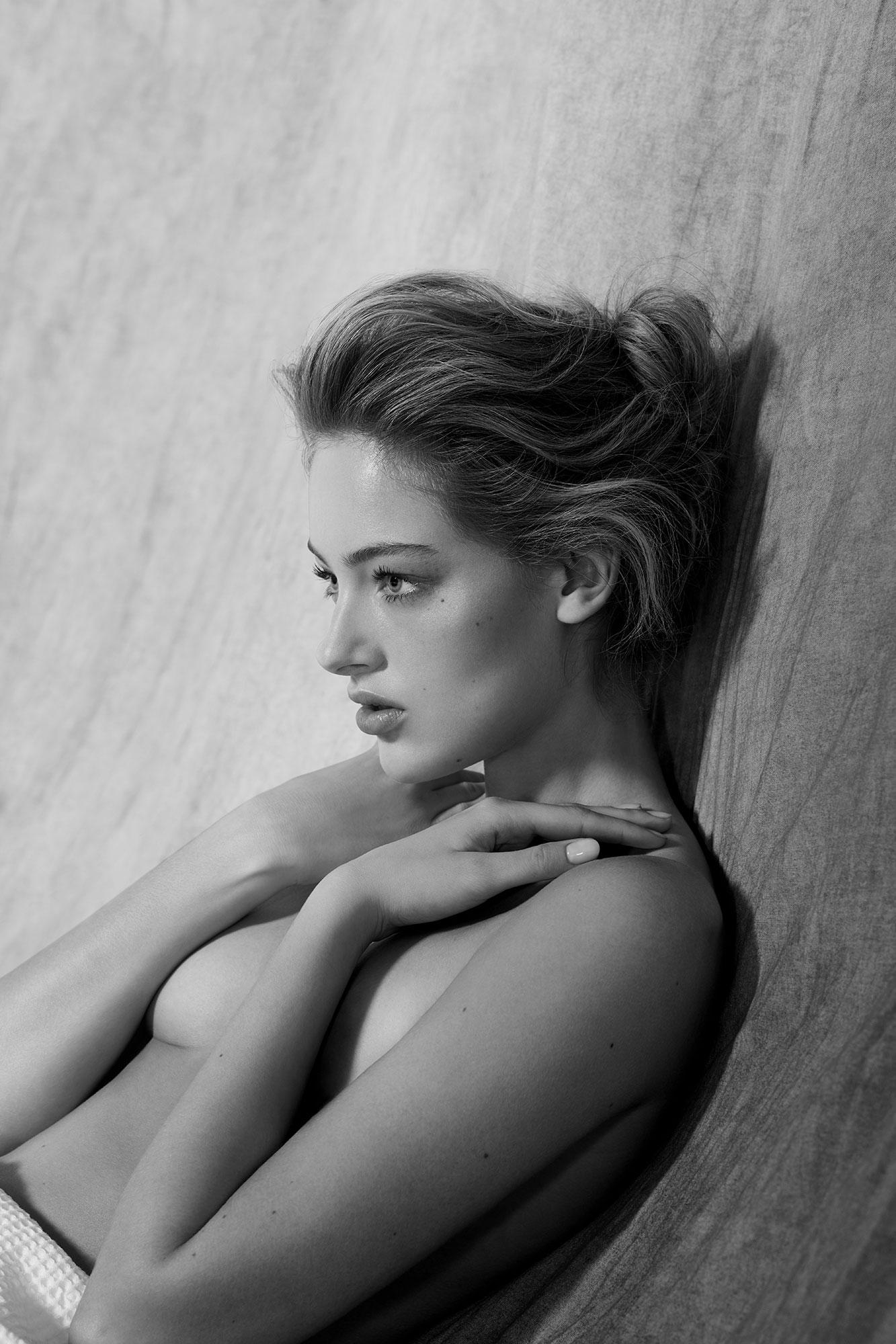 Vanity Fair May 2018 | Jean-Philippe Malaval | Vanity Fair Italia | Numerique Retouch Photo Retouching Studio
