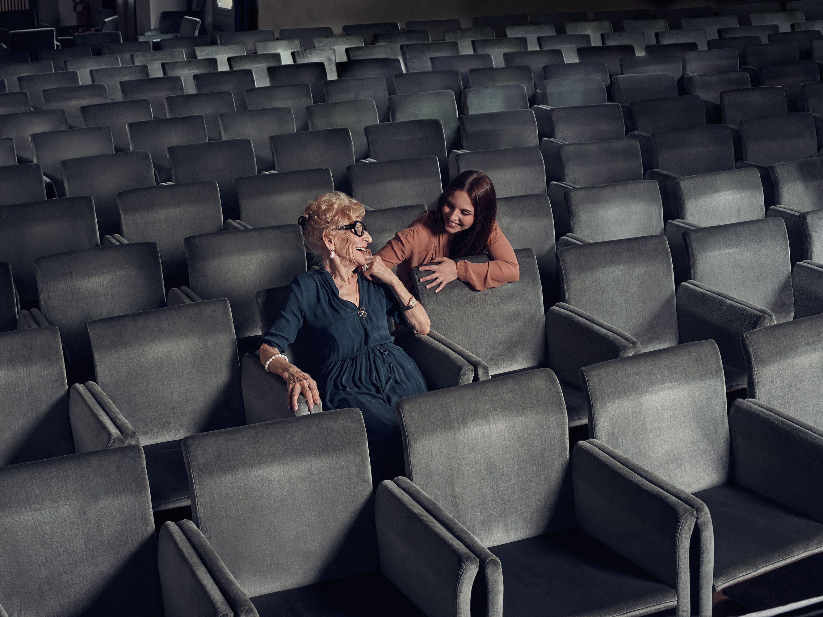 Teatro Civico Schio 2018/2019 | Piero Martinello | Armani | IO donna | Eva Orbetegli | Numerique Retouch Photo Retouching Studio