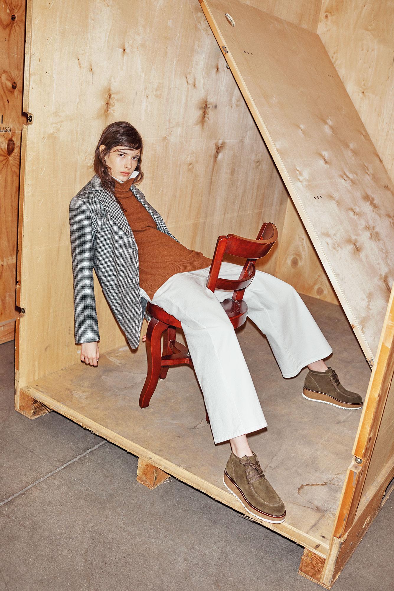 Max Mara Lookbook FW 18 | Marco Pietracupa | Viviana Volpicella | Numerique Retouch Photo Retouching Studio